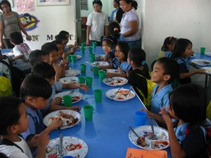 The students enjoy lunch at PCF