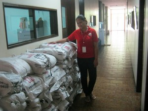 IMG_0829Caritas Manila Received Soy Meal from Second Harvest Japan
